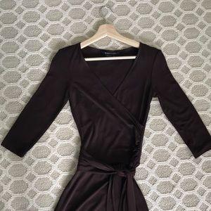 BCBG XS Brown 3/4 sleeve faux wrap dress
